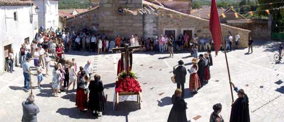 Procesión Día del Cristo - Fiestas Nava de Francia 2016